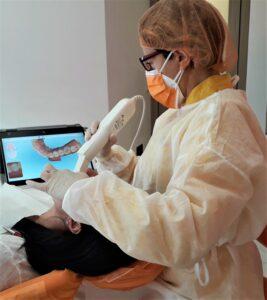 Impronta ottica digitale:massimo confort per il paziente, in tempo reale sono visibili i risultati della scanzione.